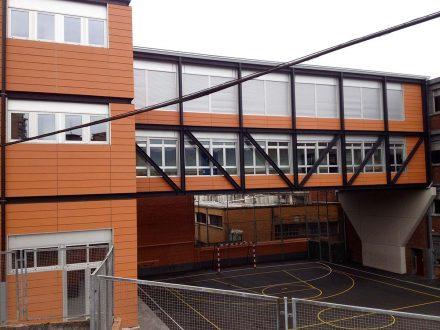Favenorte - Fachada ventilada en el Colegio Burceña
